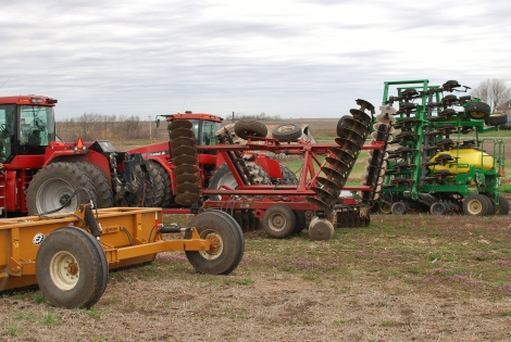 This shows farmers getting equipment ready for spring planting—so cool!  {DaddysTractor.com}